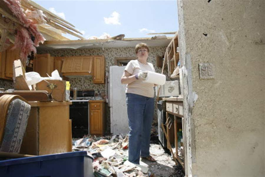 Survivor-prayed-as-tornado-took-roof-from-house-2