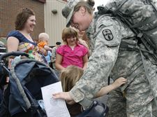 Ohio-National-Guard-back-from-Iraq-2