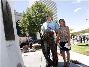 http://www.toledoblade.com/image/2010/06/11/300x_b1_a4-3_cCM_z/Last-Alarm-Memorial-Fallen-firefighters-honored.jpg
