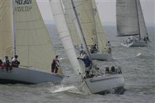 Fun-more-important-than-result-for-many-sailors-in-Mills-Race
