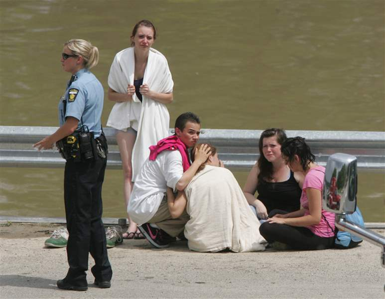 Swimmer-20-dies-after-struggle-in-Maumee-River-2