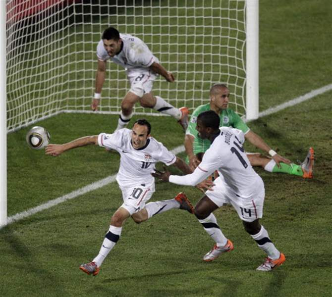 U-S-team-advances-in-World-Cup-with-goal-by-Donovan
