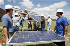 Owens-expands-training-in-solar-wind-energy