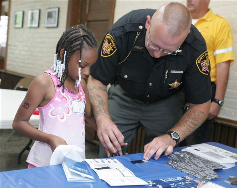 Rallying-to-keep-Toledo-children-safe-3