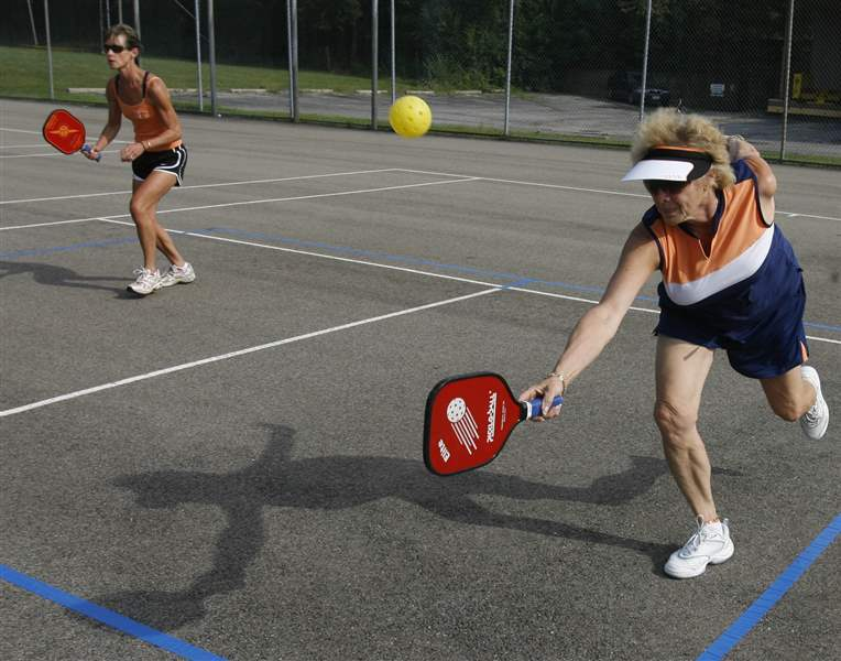 Racquet-sport-of-Pickleball-gaining-popularity-in-area-3