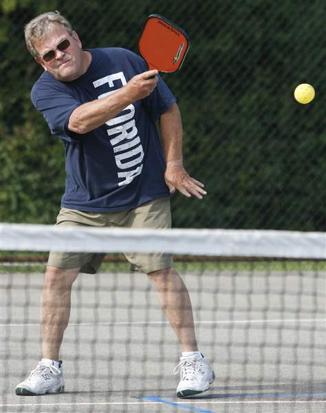 Racquet-sport-of-Pickleball-gaining-popularity-in-area-2