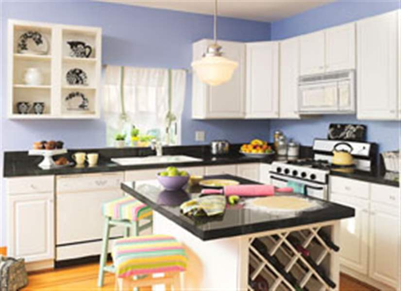 Summer-The-Perfect-Season-To-Design-An-Eye-Catching-And-Comfortable-Kitchen-2