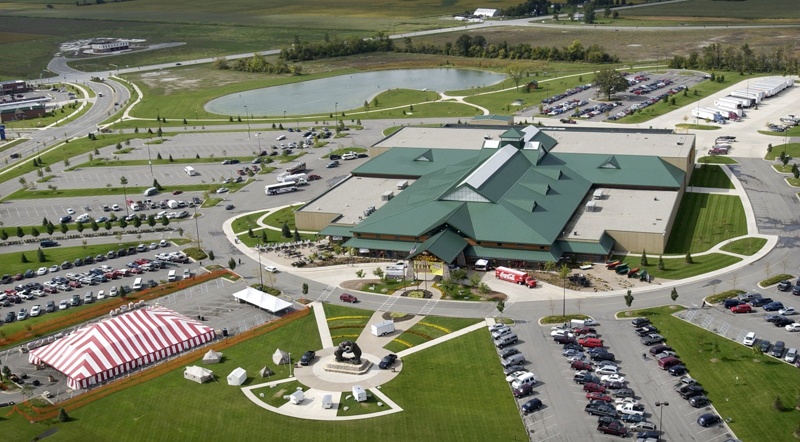 Dundee business growth cools after surge when Cabela's ...