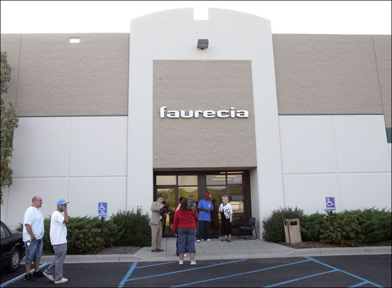 2 auto parts plant workers hospitalized by explosion in northwood toledo blade - Faurecia interior systems ...