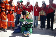 Miracle-miners-all-out-Chile-s-dramatic-rescue-hailed-3