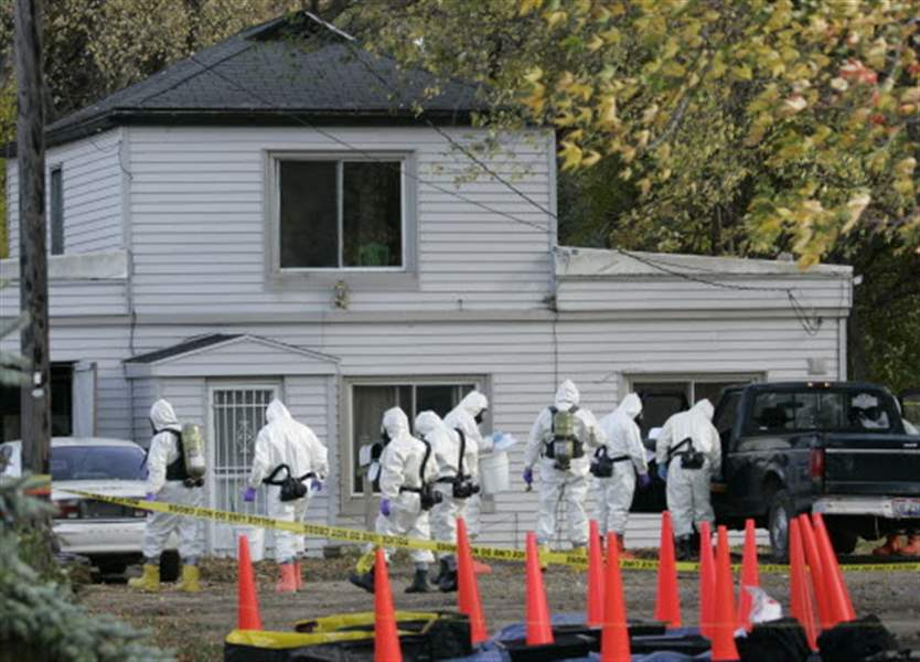 FBI-crews-converge-in-West-Toledo-where-highly-toxic-chemicals-found