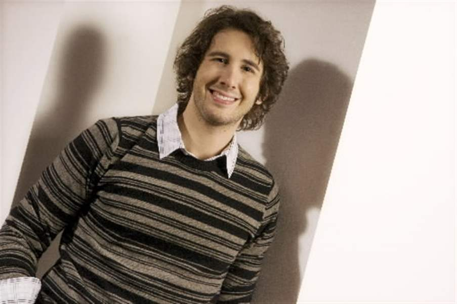 Josh Groban ends a two-year break and refines his style for his ...