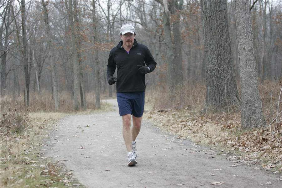Toledo-man-runs-52-miles-to-aid-blood-cancer-group