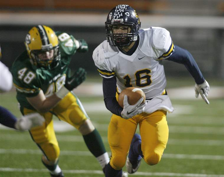 St-Edward-edges-Whitmer-in-state-semifinal