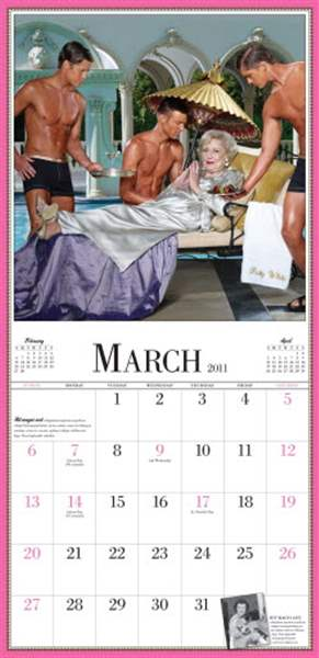Shoppers-hunt-for-calendars-for-themselves-gifts
