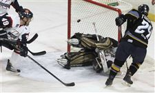 Walleye-buried-by-Kalamazoo-s-1st-period-blitz-2
