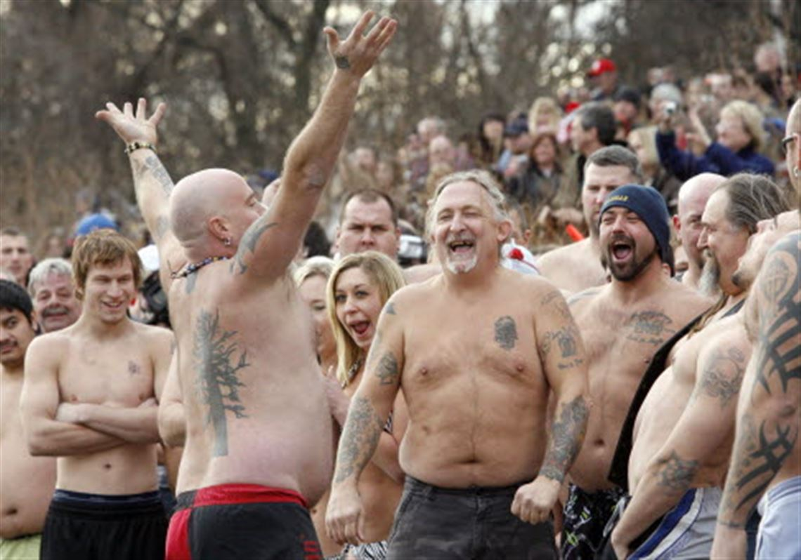 Record Turnout At 2008 Polar Plunge And >> Dozens Make Annual Mericle Splash In Waterville Toledo Blade