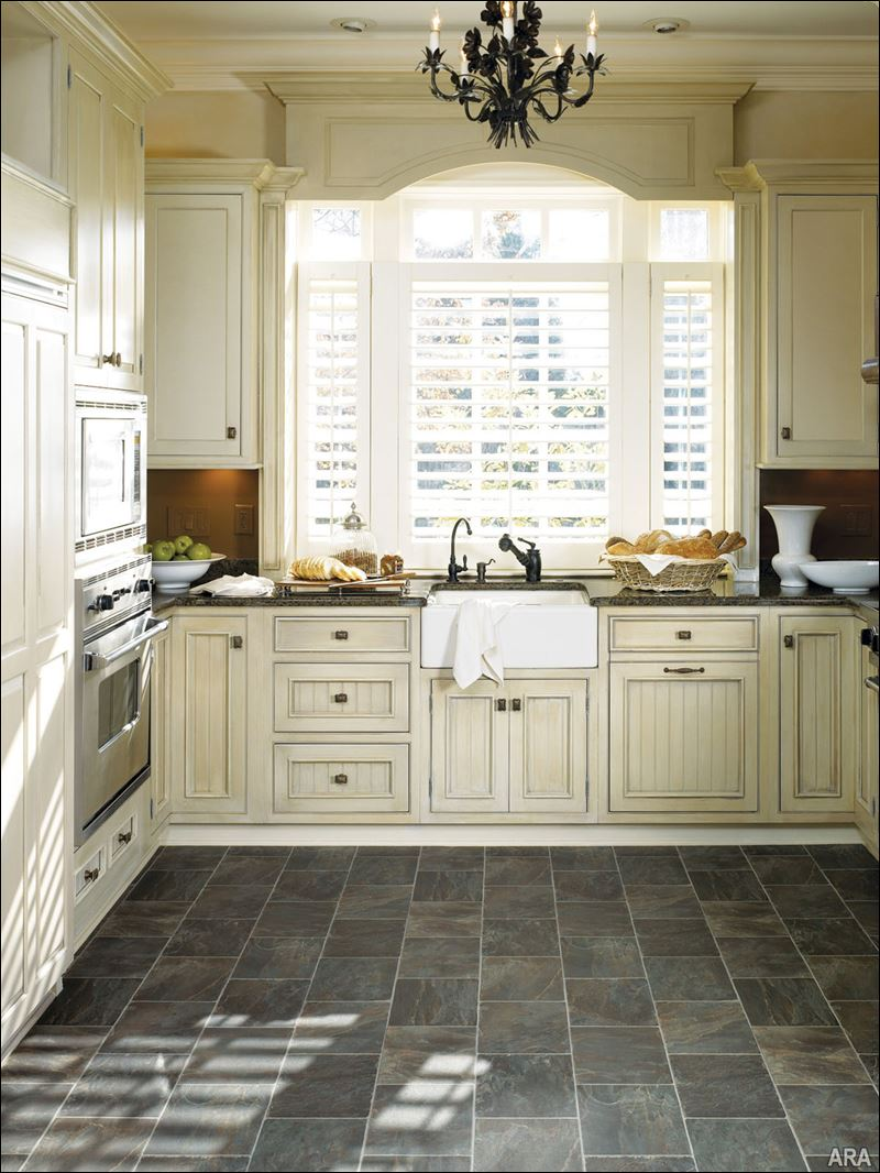 Take the guesswork out of finding flooring toledo blade for Slate kitchen floors with white cabinets