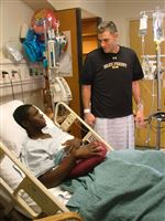 Wake-Forest-coach-gives-kidney-to-baseball-player