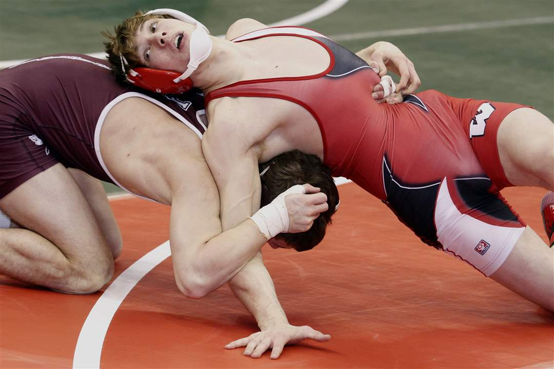State-Wrestling-Dalton-Nicely-Joe-Boswell-match