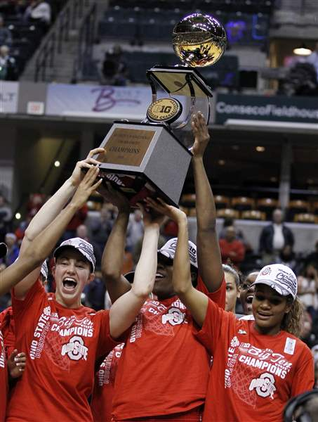 Ohio-State-powers-its-way-over-Penn-State-for-Big-Ten-title-2