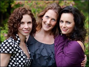 Red Molly will perform a free concert at 8 p.m. Thursday in Grounds for Thought, 174 South Main St., Bowling Green. The trio, which specializes in American folk and bluegrass music, is based in New York and comprises, from left, Abbie Gardner, Laurie MacAllister, and Molly Venter. Information: 419-354-3266