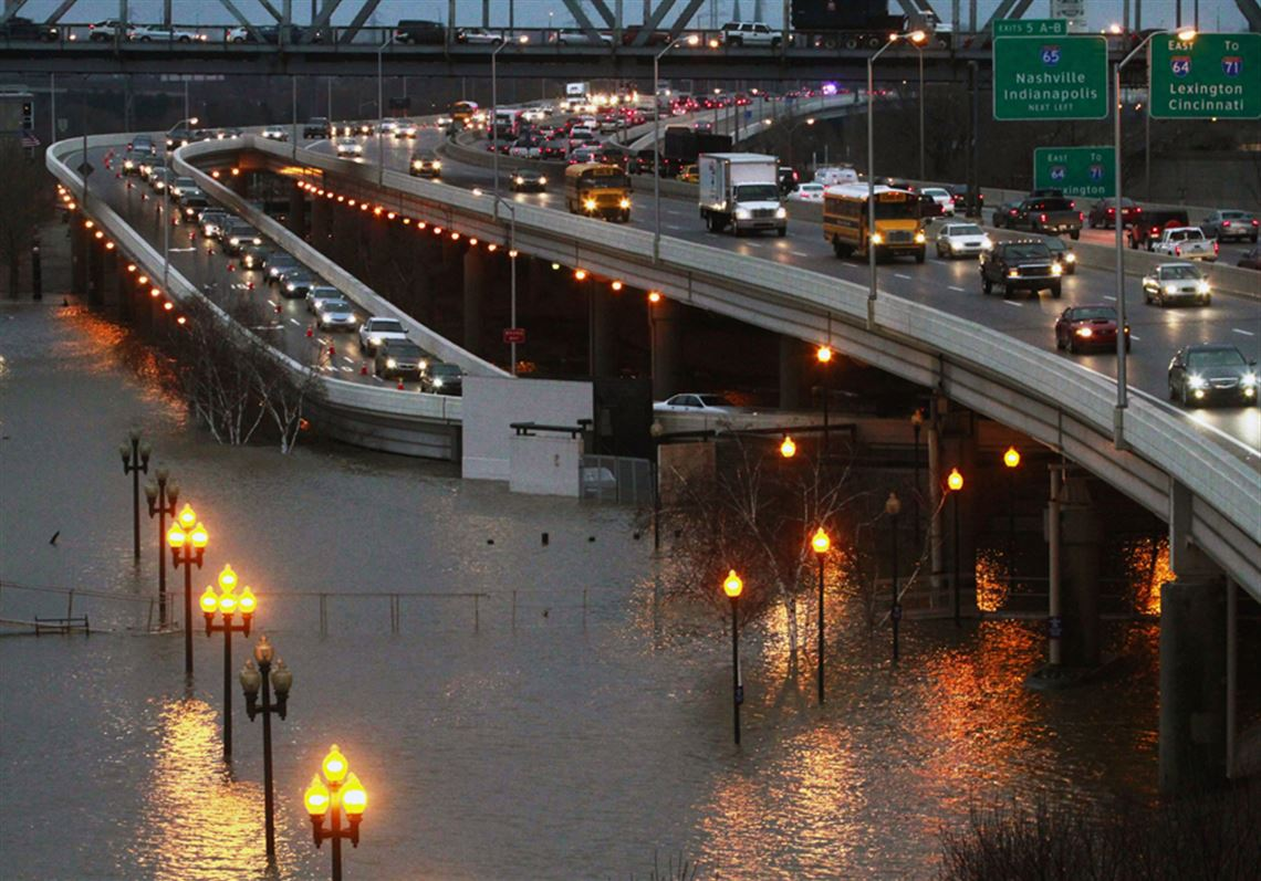 Flooding On The Ohio River Closes Roads Restaurants Toledo Blade