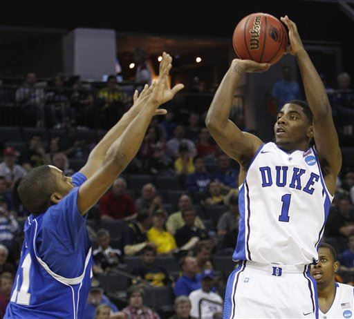 Duke routs Hampton for Coach K's 899th career win - The Blade |Kyrie Irving College