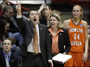 Bowling Green State University coach Curt Miller shouts instructions during the game against Georgia Tech.