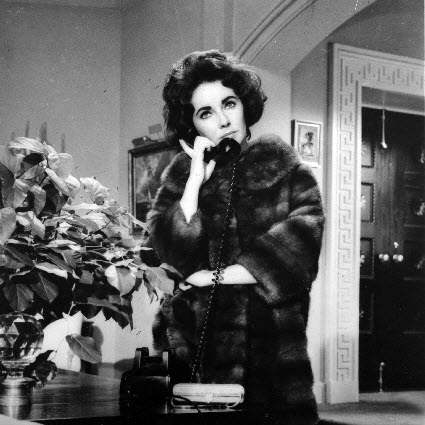 Elizabeth-Taylor-Butterfield-8-fur-coat