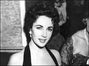 Elizabeth Taylor at the premiere of