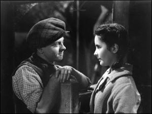 Elizabeth Taylor and Mickey Rooney in the 1944 film