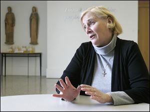 Sister Nancy Murray of the Dominican Sisters of Adrian, Mich., will portray the life of the 14th-century Italian saint Catherine of Siena. The sister of actor-comedian Bill Murray said she intends to inspire people to relate St. Catherine's struggles to their own and see similarities between her time and the world today.