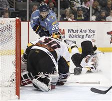 Walleye-s-playoff-hopes-slipping-away