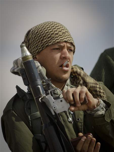 libyan-rebel-grenade-launcher