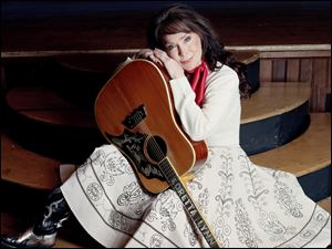 Country singing legend Loretta Lynn will perform Thursday at the Stranahan Theater.