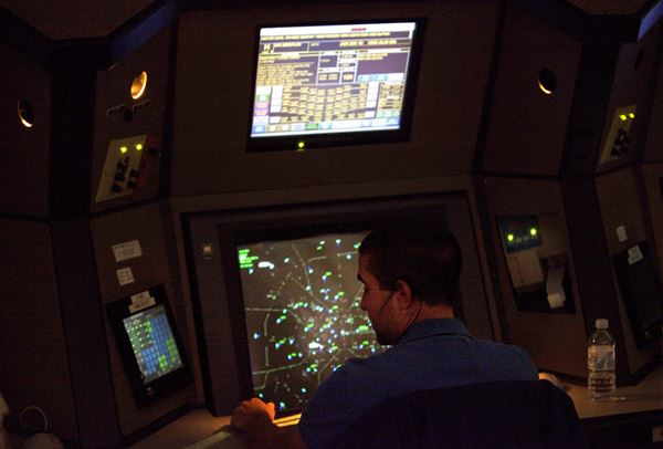 Faa Suspends Air Controller Manager For Movie Watching
