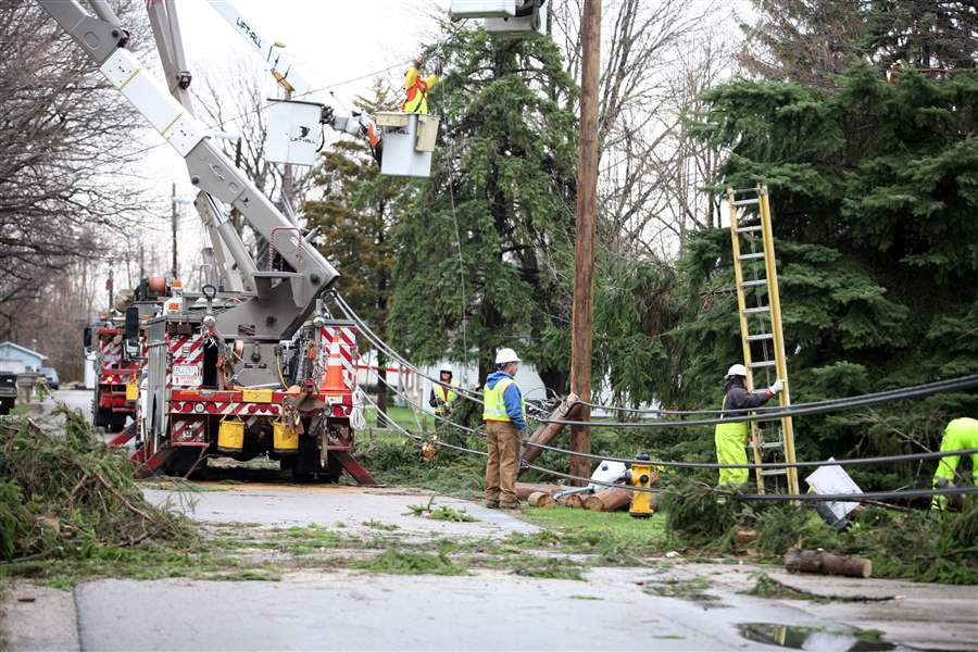 Twister-uproots-trees-hits-homes-cuts-power-2