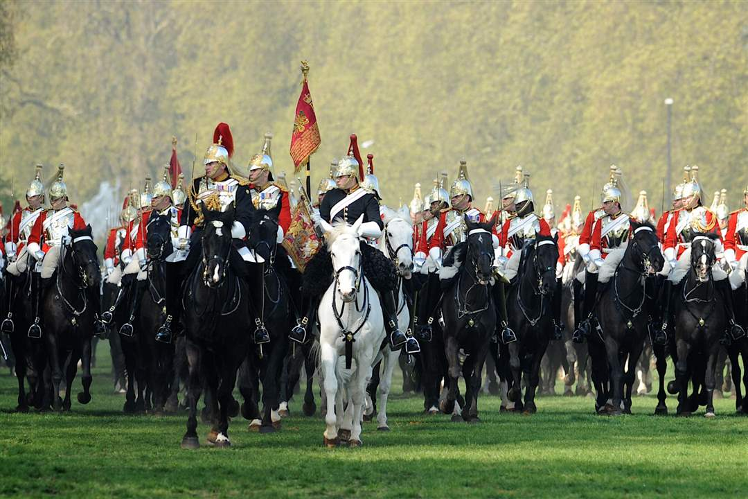 Household-Cavalry-Mounted-Regiment