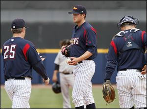 phil-nevin-andy-oliver-mud-hens.jpg