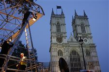 Westminster-Abbey-lights-media-stand