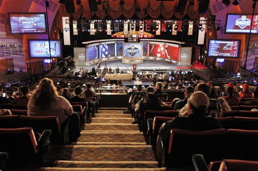 Ct Pick 3 >> NFL draft concludes after 3-day run at Radio City Music ...