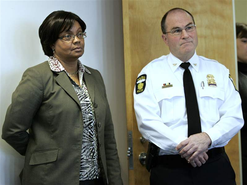 chief-mike-navarre-deputy-mayor-for-public-safety-and-personnel-shirley-green