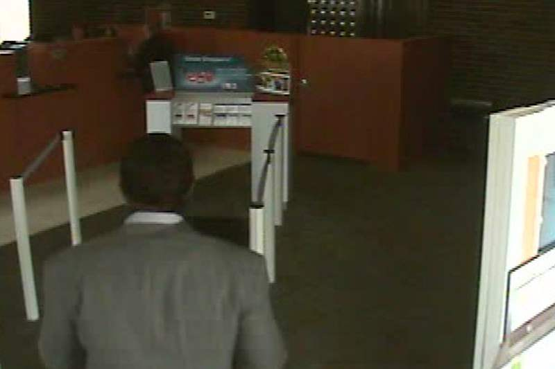 PNC-Bank-robbery-051211-D