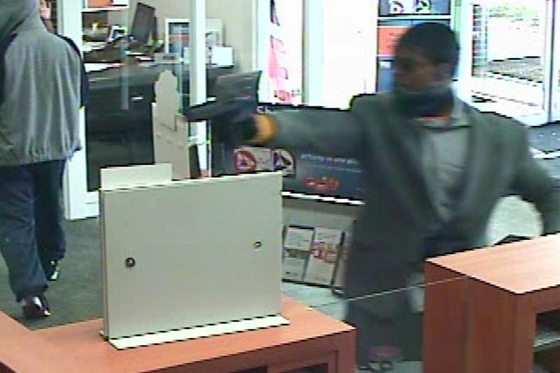 PNC-Bank-robbery-051211-H