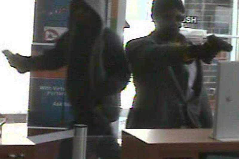 PNC-Bank-robbery-051211-L
