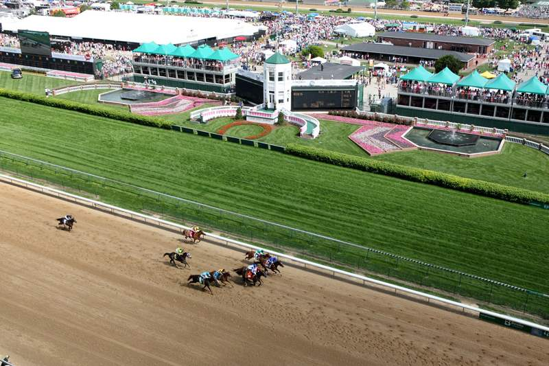 Derby-Churchill-Downs-racing-fashion