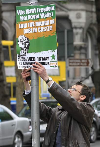 queen-ireland-visit-protest