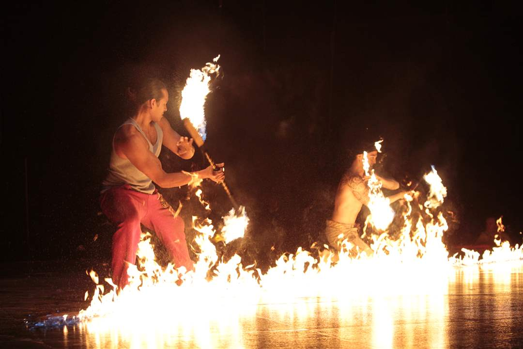 Alegria-Fire-Knife-Performers