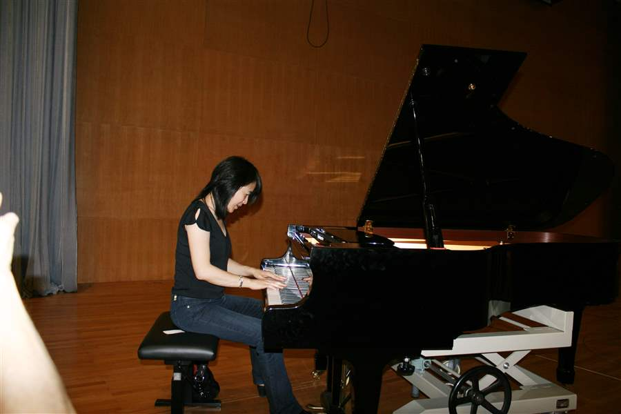 Amy-Chang-Toledo-Symphony-Shenzhen-Concert-Hall